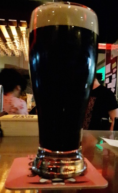 2017-05-11 - 139 - Cheval Blanc Stout à l'azote _500beers