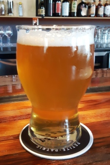 2017-07-02 - 212 - Le Trefle Noir Passion Fruit Pale Ale _500beers