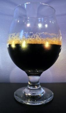 2017-09-03 - 330 - Brasseurs du Monde Porter Robuste Chipotle poured _500beers
